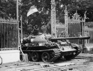 saigon-tank
